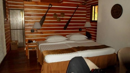Daluyon Beach and Mountain Resort: room