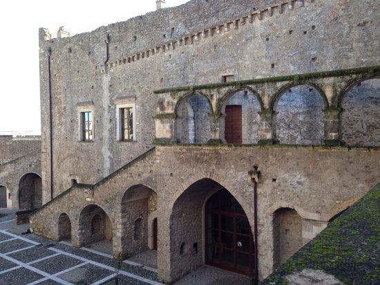Miglionico, Ιταλία: La corte interna