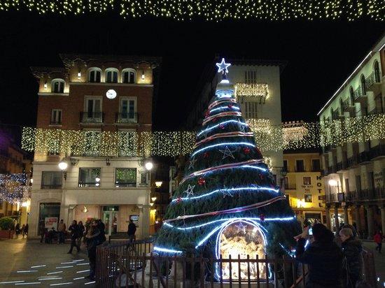 Plaza del Torico : Plaza en navidad