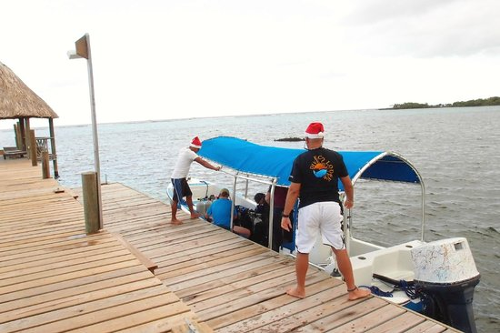 Tranquilseas Eco Lodge and Dive Center: off out on the boats at christmas