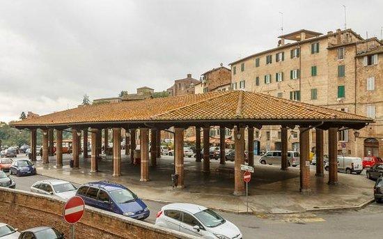 Piazza del Mercato: Mercato coperto