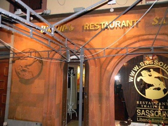Sassoun : Façade du restaurant