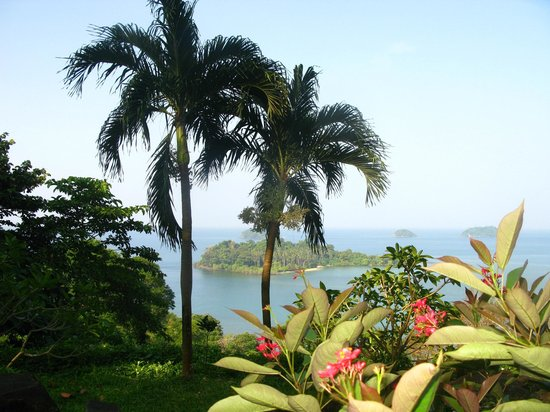 Sea View Resort & Spa Koh Chang: На аллее влюбленных