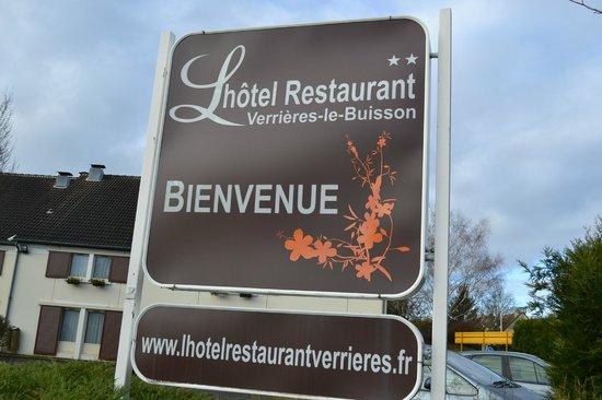 l'Hotel Restaurant Verrieres le Buisson