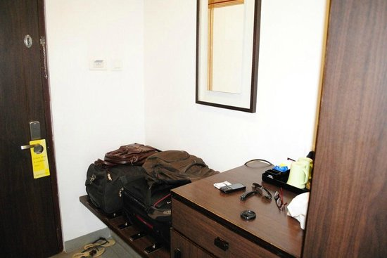 Munnar - Terrace Greens, A Sterling Holidays Resort: Luggage space