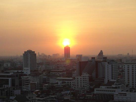 Siam@Siam Design Hotel Bangkok: Sonnenuntergang, Ausblick aus Zimmer