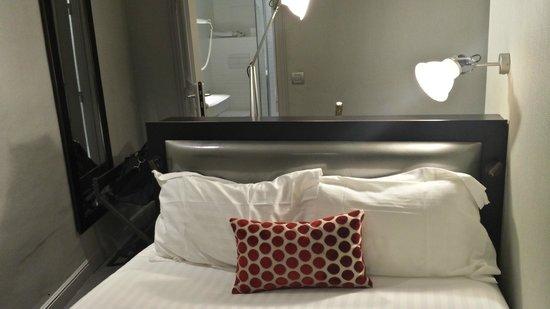 Hotel Garance: Petite chambre