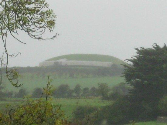 Bru na Boinne: Newgrange from the visitor's center