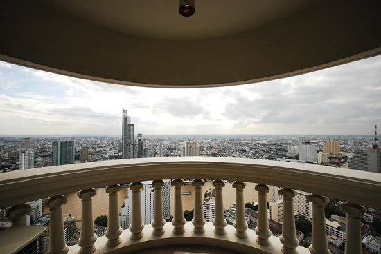 lebua at State Tower : One of our beautiful balconies. Wide angle shot of the balcony.