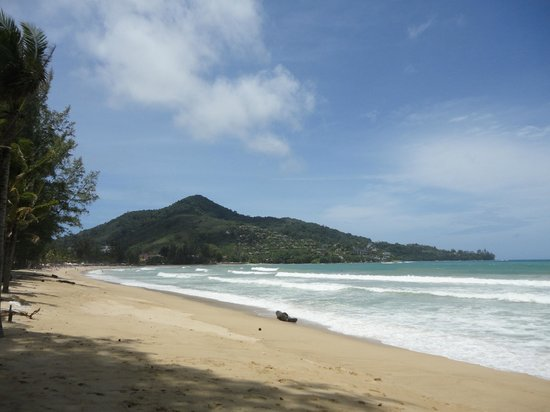Kamala Beachfront Apartment: Kamala Beach