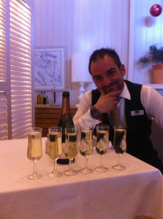 H10 Conquistador: Iedere ochtend nam Miguel weer uitgebreid de tijd voor ons met zijn heerlijke champagne