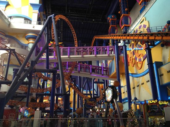 Berjaya Times Square Kuala Lumpur: roller coaster
