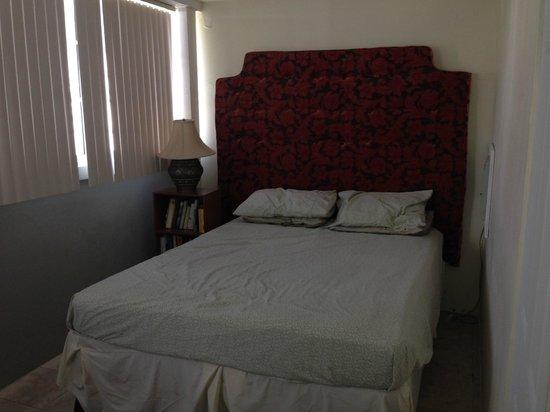 Sea Castles Beach Condos: Main Bedroom