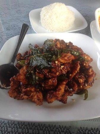 Crispy garlic chicken picture of kwan tip thai federal way kwan tip thai crispy garlic chicken forumfinder Choice Image