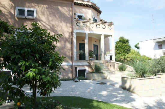 Appia Antica Resort: Outside view