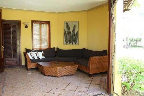 Beachcomber Dinarobin Hotel Golf & Spa: Terrasse