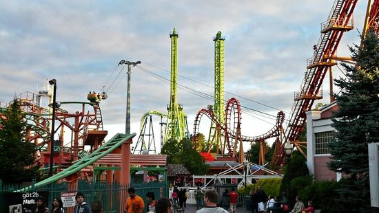 bizarro picture of six flags new england agawam. Black Bedroom Furniture Sets. Home Design Ideas