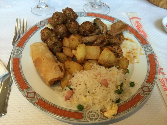 Etoile du Bonheur: Exemple de plats du buffet