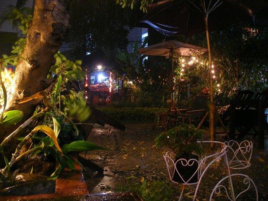 Aoi Garden Home: Night view