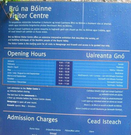 Bru na Boinne Opening Hours sign near entrance