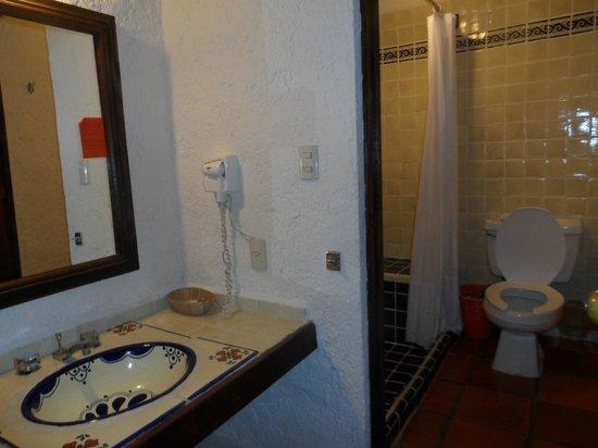 Hotel Villablanca Huatulco : baño agradable