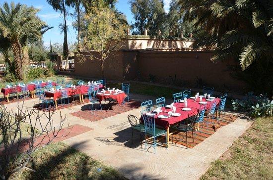Les Jardins de Ouarzazate: terrazza del ristorante-dicembre 2013