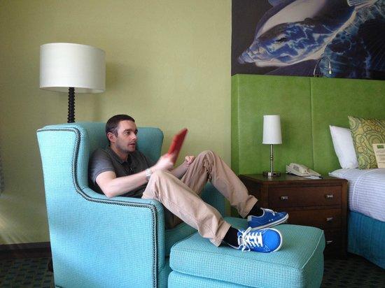 Carmel Mission Inn : Comfy Seating