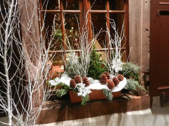 A la Vignette : Saint-Hippolyte getting ready for the Christmas season