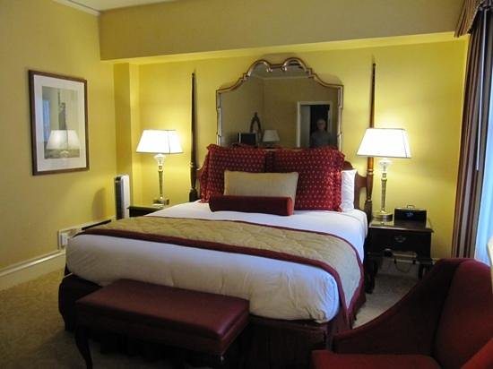 The Inn at Union Square: Room 607