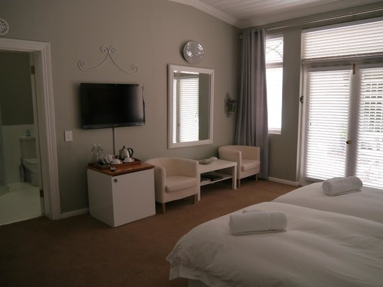 Summerwood Guest House: Room 2