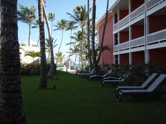 Barcelo Bavaro Beach - Adults Only: delante de la habitación