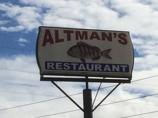 Altman's Restaurant : Sign