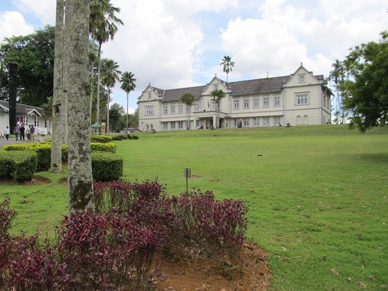 Islamic Museum: Sarawak Museum