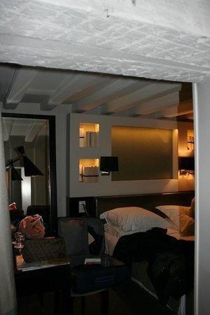 Hotel Verneuil Saint-Germain: room