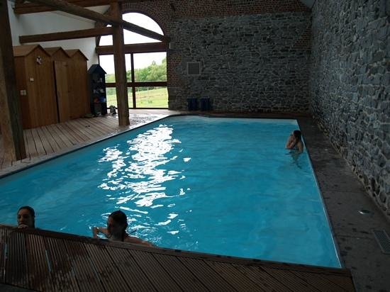 Chambres d'Hôtes Presabot : piscine