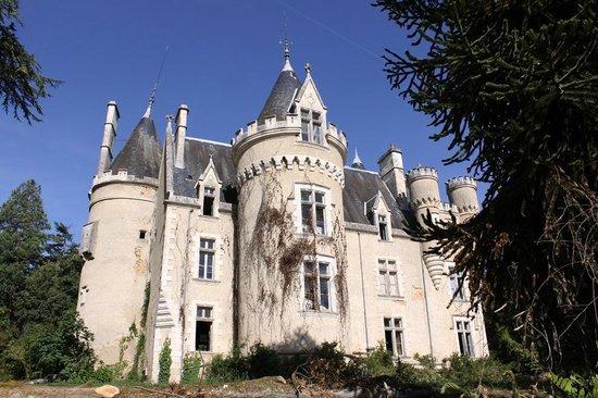 Chateau de Fougeret