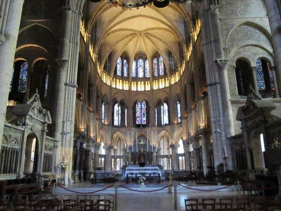 Cathédrale Notre-Dame de Reims : Altar