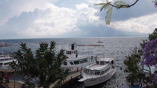 Hotel Kakchiquel: Lake Attilan