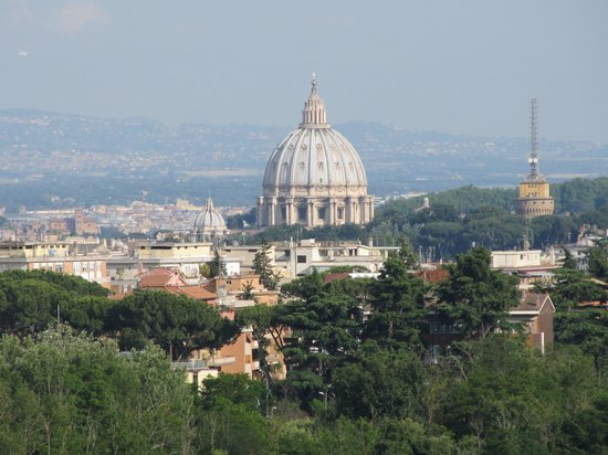 Courtyard by Marriott Rome Central Park: View from hotel balcony to St.Peter