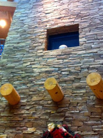 Indian Pueblo Cultural Center: Towering fireplace in the lobby.