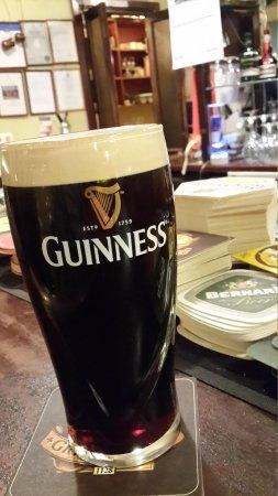 Paddy Whelan's Pub: Кружка пива.