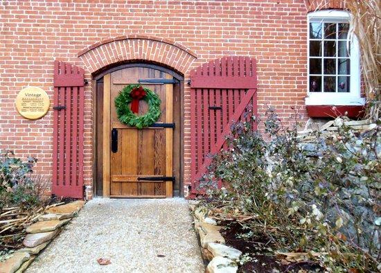 Stone Hill Winery : Restaurant next door