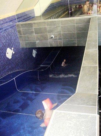 Falkensteiner Hotel Sonnenalpe: Lo scivolo nella piscina interna