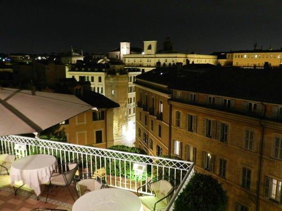 Hotel Raphael: View from terrace