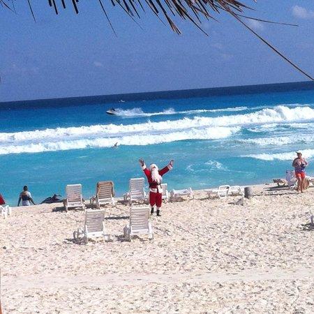 Fiesta Americana Condesa Cancun All Inclusive: arrival of santa