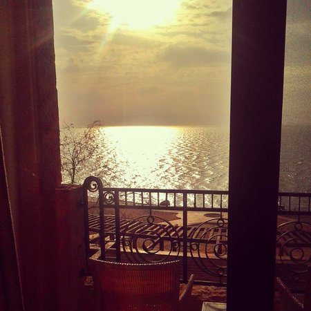 Kempinski Hotel Ishtar Dead Sea : view from my room in villa 24