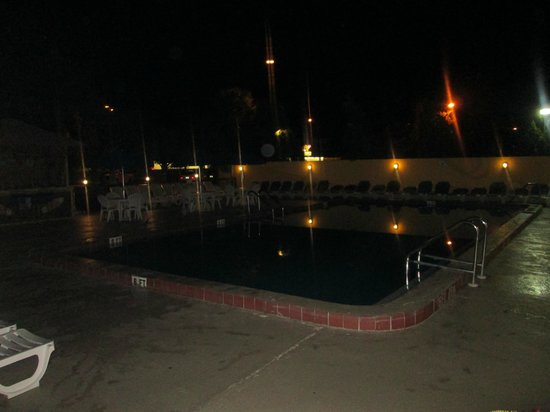 Orlando Continental Plaza Hotel: pileta