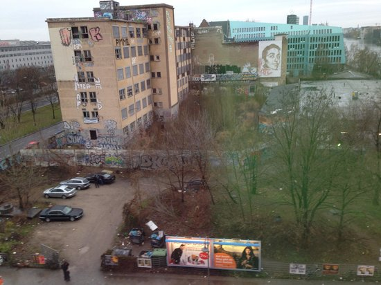 Ibis Berlin Ostbahnhof : View from our room