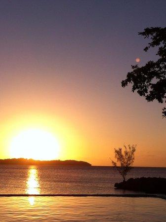 Rhodes Beach Resort Negril : Beautiful sunsets