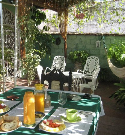 Casa Mirelis : The rooftop where breakfast i served